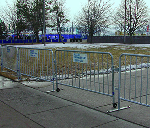 Ally Rental Barricades Used for Outdoor Crowd Control
